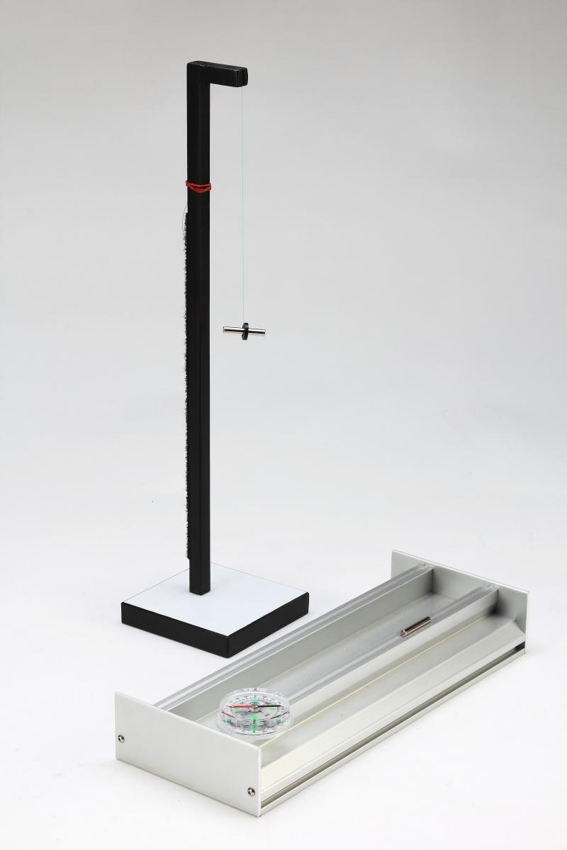 F18磁場和電磁實驗-特寫04