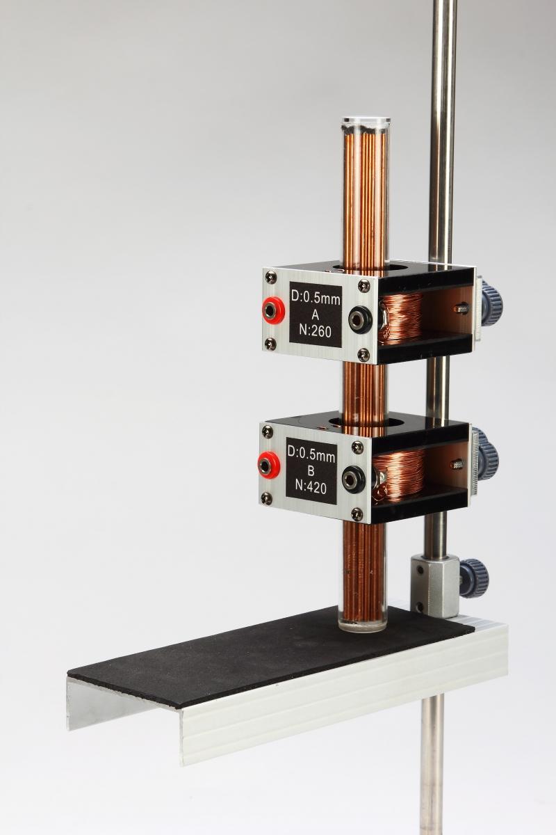 F18磁場和電磁實驗-特寫08
