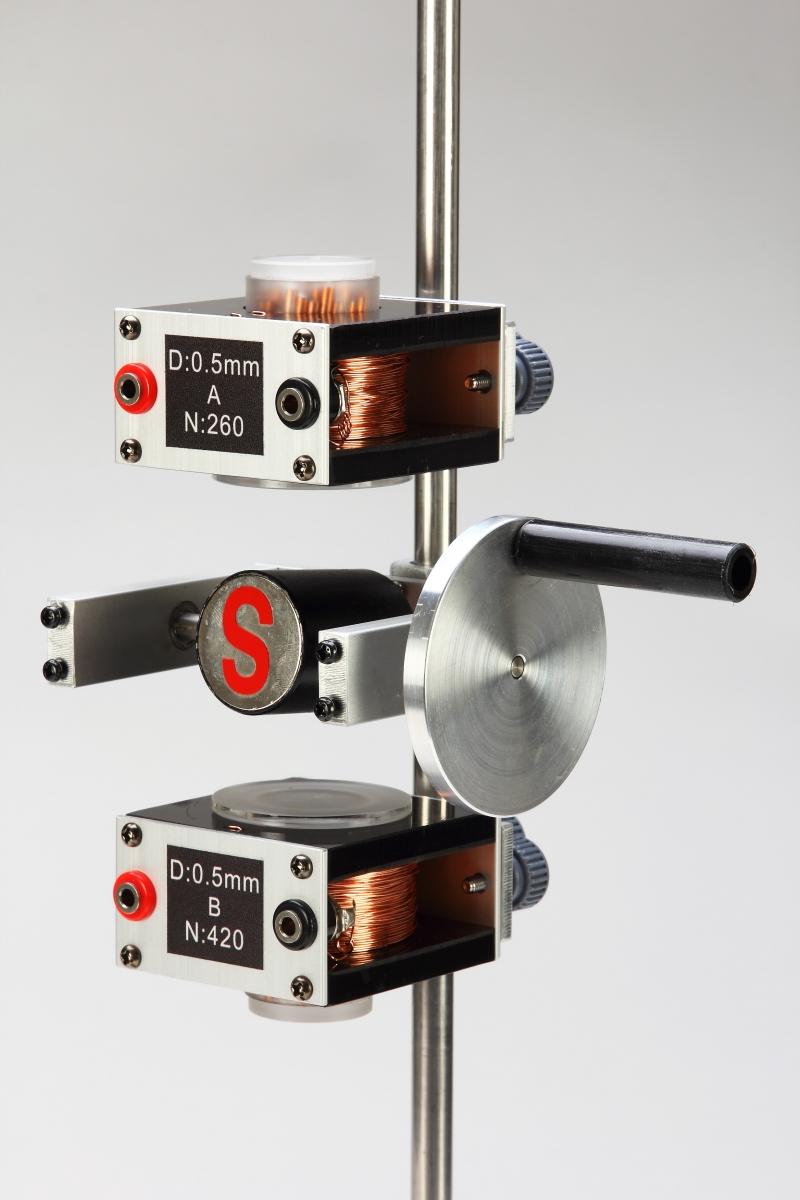 F18磁場和電磁實驗-特寫09