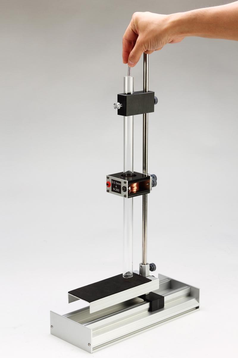 F18磁場和電磁實驗-特寫03