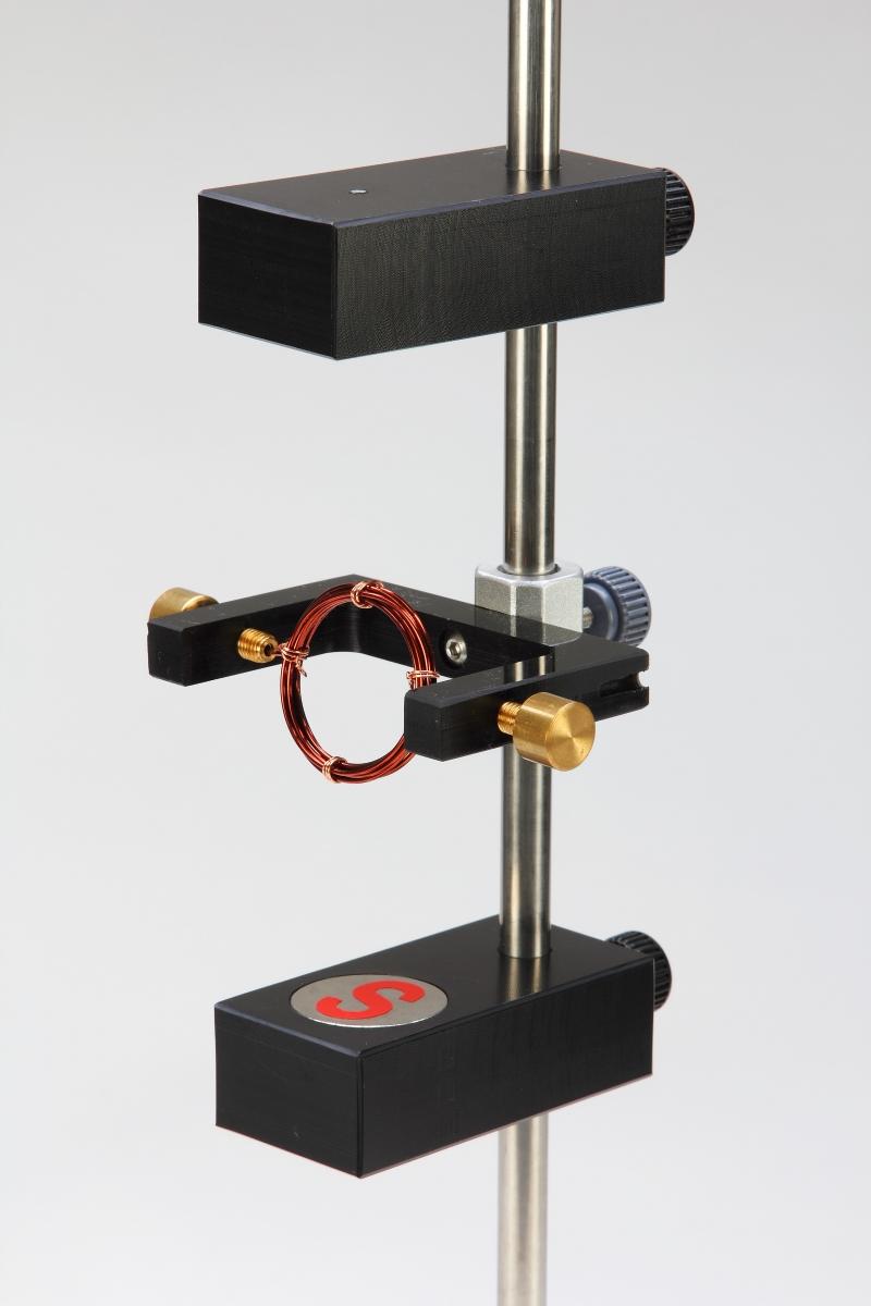 F18磁場和電磁實驗-特寫06