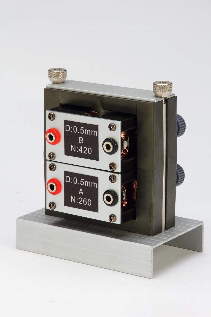 F18磁場和電磁實驗-特寫10